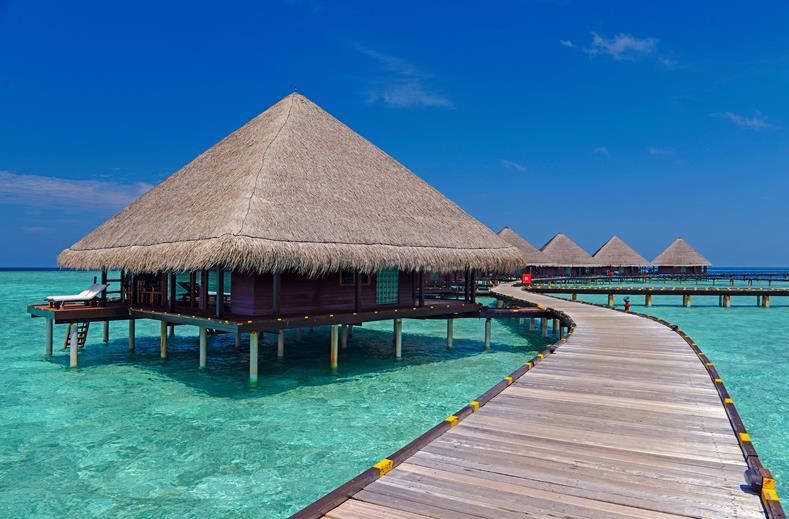 Adaaran Club Rannalhi Resort Malediven water villa